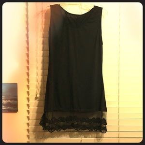Tops - Black cotton sleeveless tunic with lace trim
